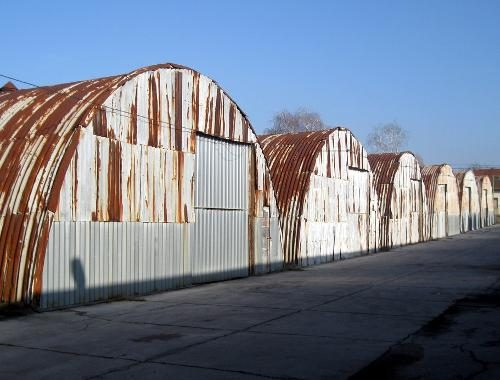 Hangari u Veleprometu
