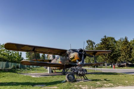 ZRAKOPLOV ANTONOV An-2
