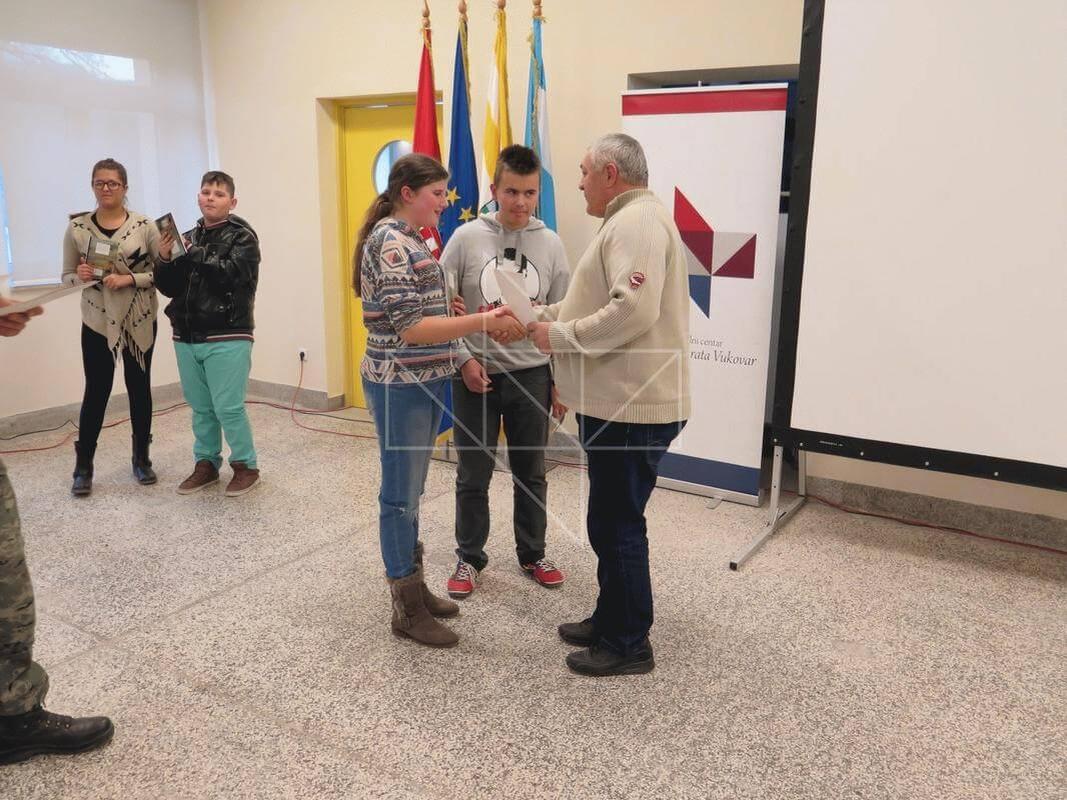 Gost predavač u Školi mira gospodin Ivica Banožić - 16