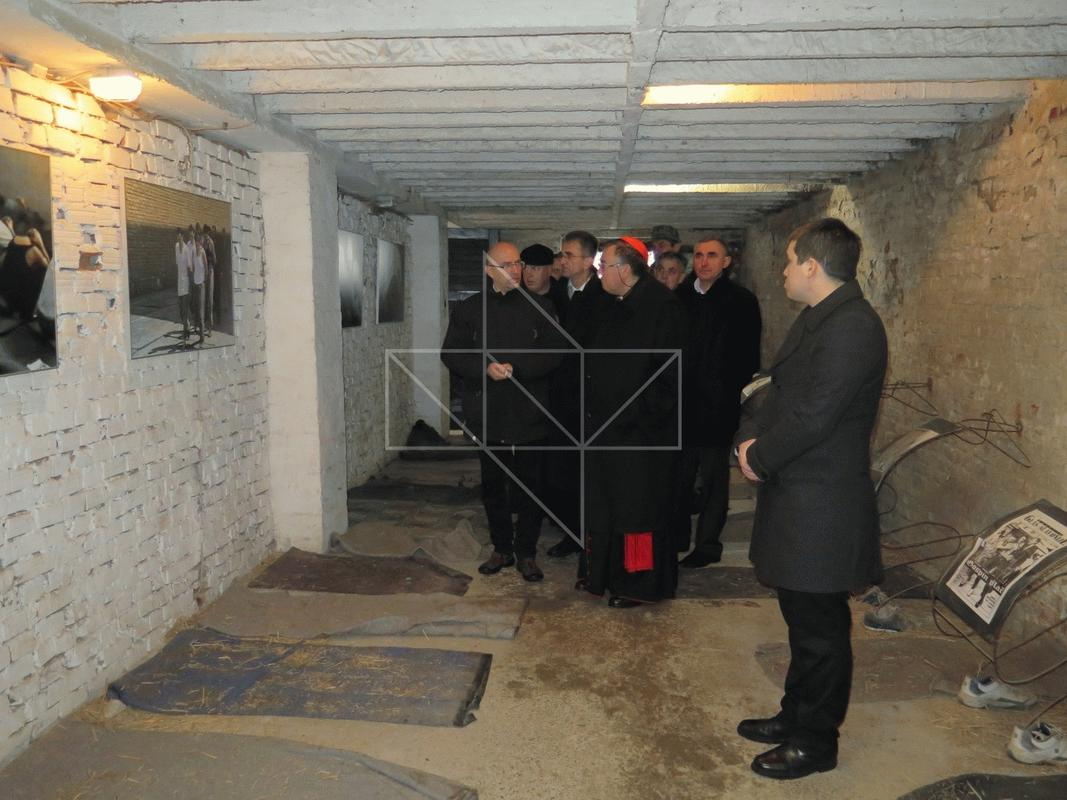 Kardinal Vinko Puljić u Školi mira - 07