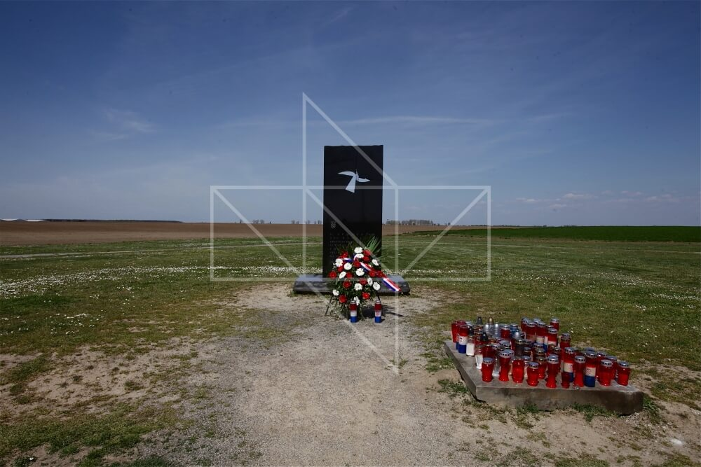 Masovna grobnica Ovčara - 01