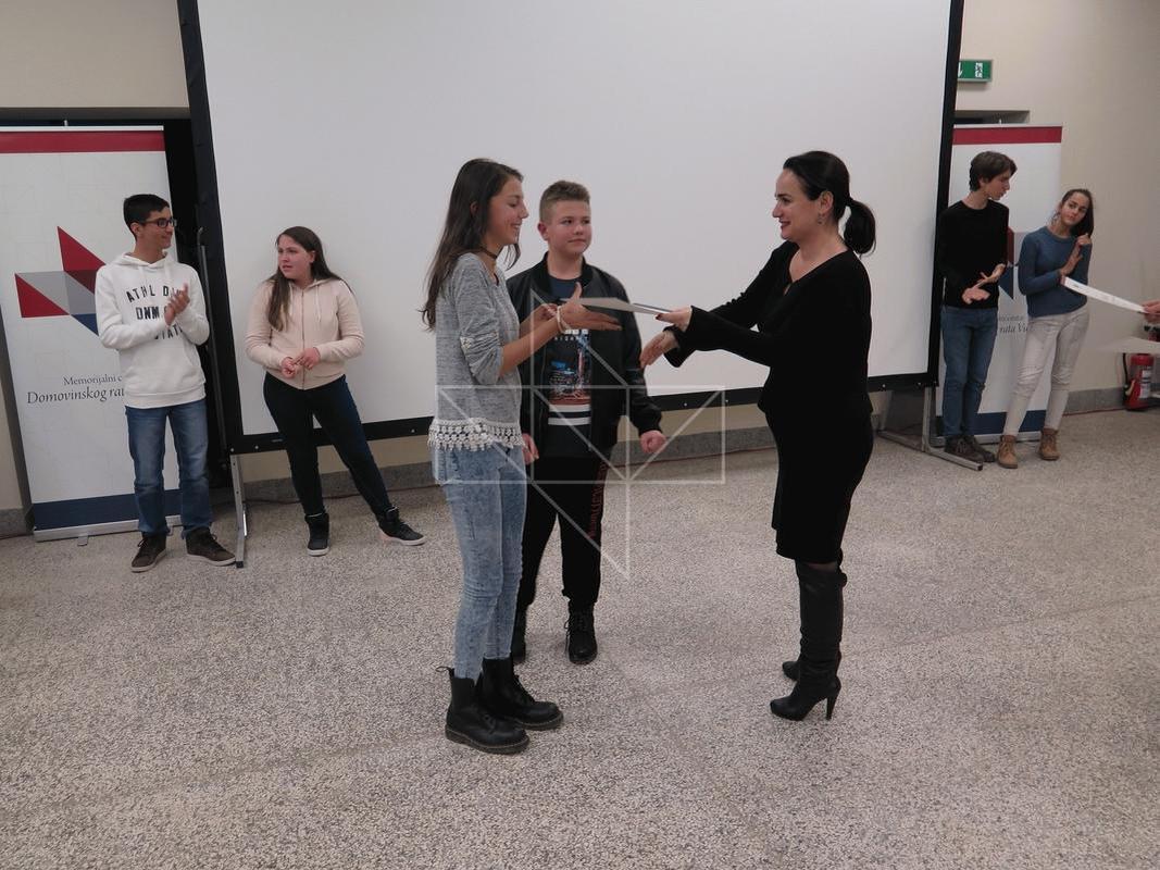 Gošća predavačica u Školi mira gospođa Iva Hraste Sočo - 07