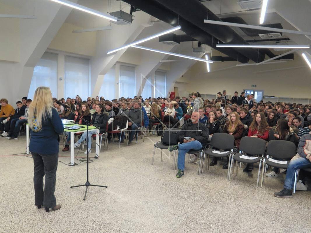 Gošća predavačica u Školi mira gospođa Slađana Horvatić - 02