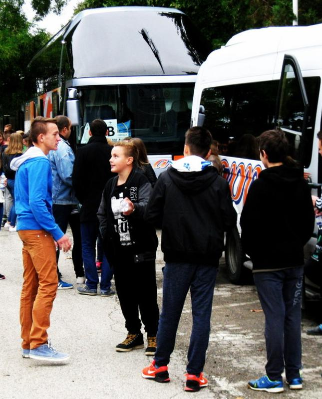 """Započeo projekt """"Posjet učenika osmih razreda Vukovaru"""" - Istaknuta"""