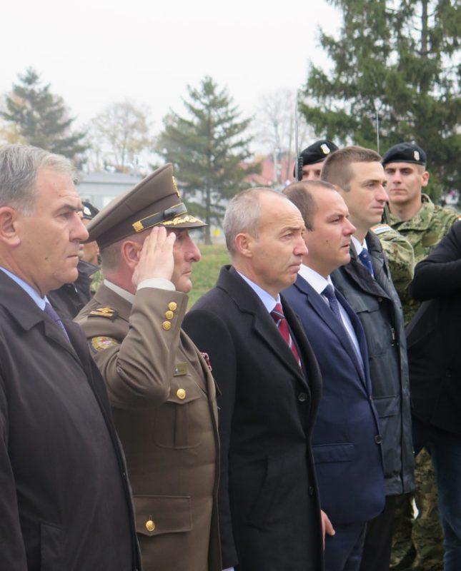 Ministar obrane Krstičević položio vijenac u Memorijalnom centru Domovinskog rata Vukovar